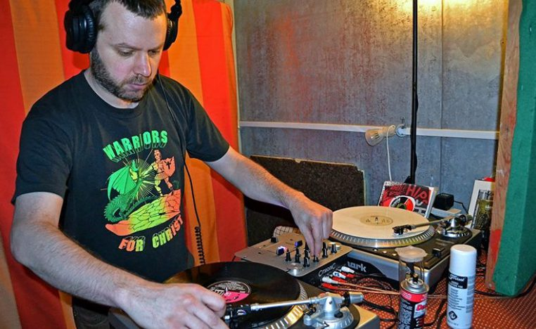 DJ Mr Crunch at the Turntables